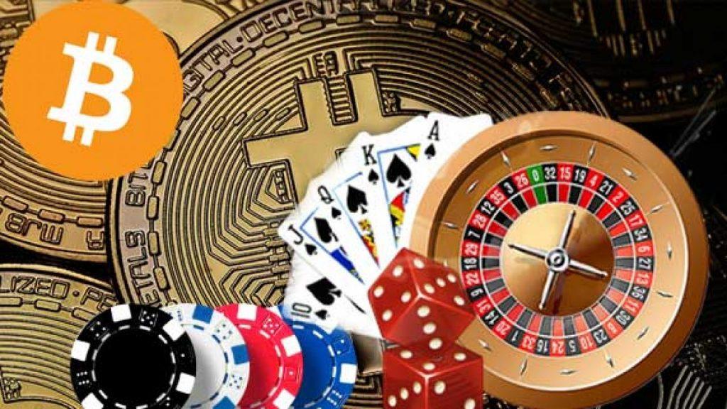 There are many advantages of playing online bitcoin casino games
